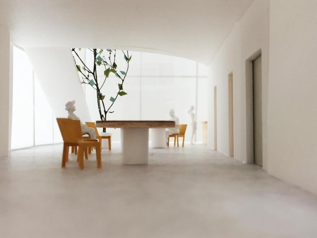 th_1F-interior